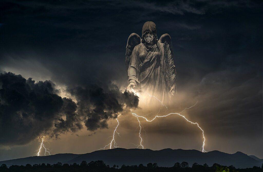 Thunderstorm Storm Lightning  - Artie_Navarre / Pixabay
