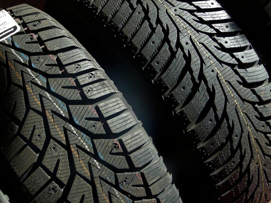 Tire Tread Wheel Vehicle Rubber  - Perkons / Pixabay