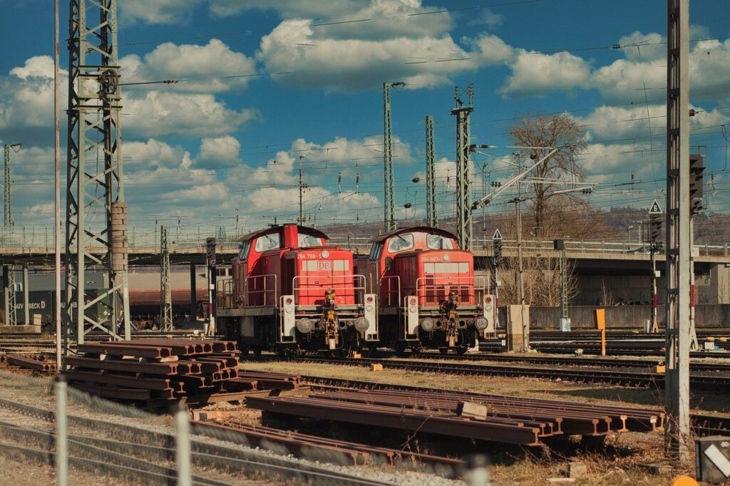 Train Loco Transport Railway Old  - ThiloBecker / Pixabay