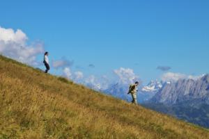 Trekking The Wanderer Mountains  - pasja1000 / Pixabay