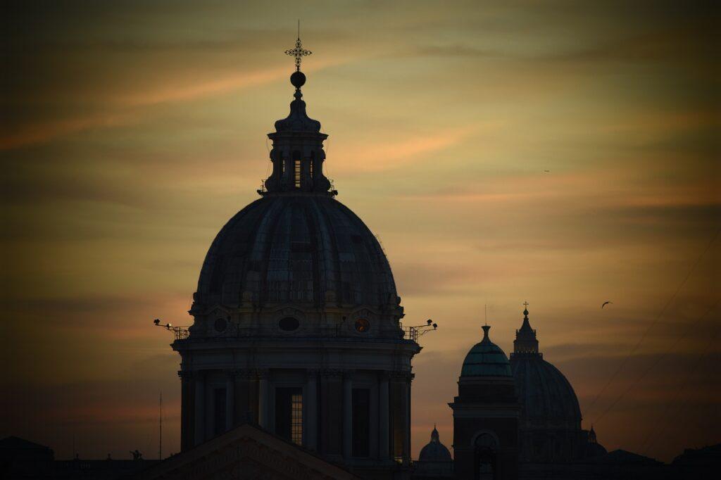 Vatican Basilica Saint Pierre Rome  - JerOme82 / Pixabay