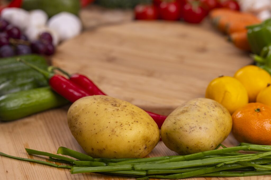 Vegetables Fresh Produce Harvest  - Engin_Akyurt / Pixabay