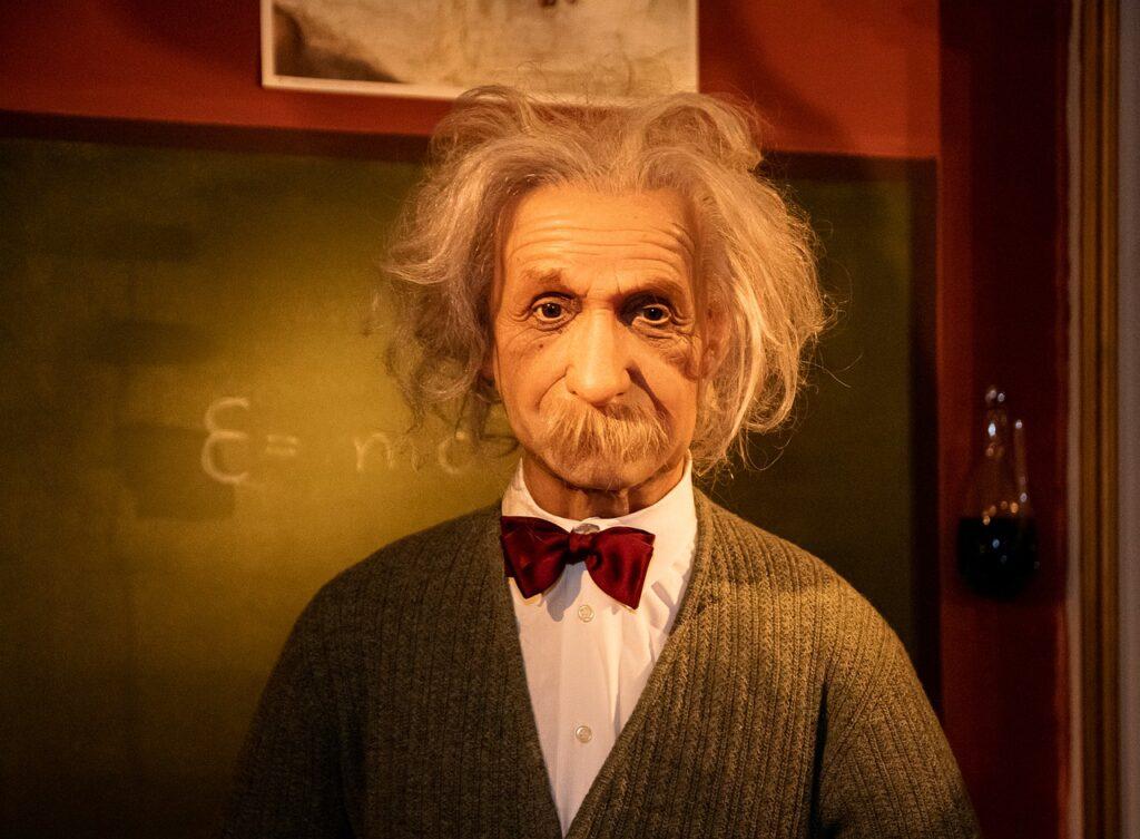 Wax Figure Albert Einstein Physicist  - minka2507 / Pixabay