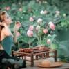 Woman Ao Yem Drink Lotus Chemise  - anhbk2020 / Pixabay