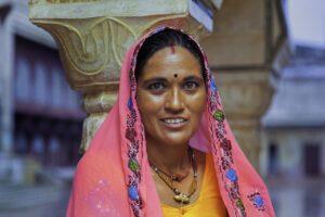 Woman Clothing Traditional Hinduism  - MOHANN / Pixabay