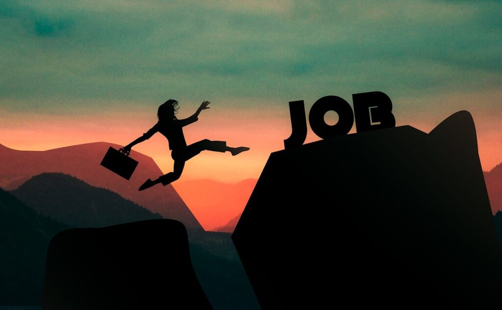 Woman Job Cliff Career Success  - mohamed_hassan / Pixabay