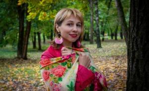 Woman Model Shawl Style Fashion  - Victoria_Borodinova / Pixabay