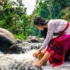 Woman River Fetching Water Stream  - Raw_Image6 / Pixabay